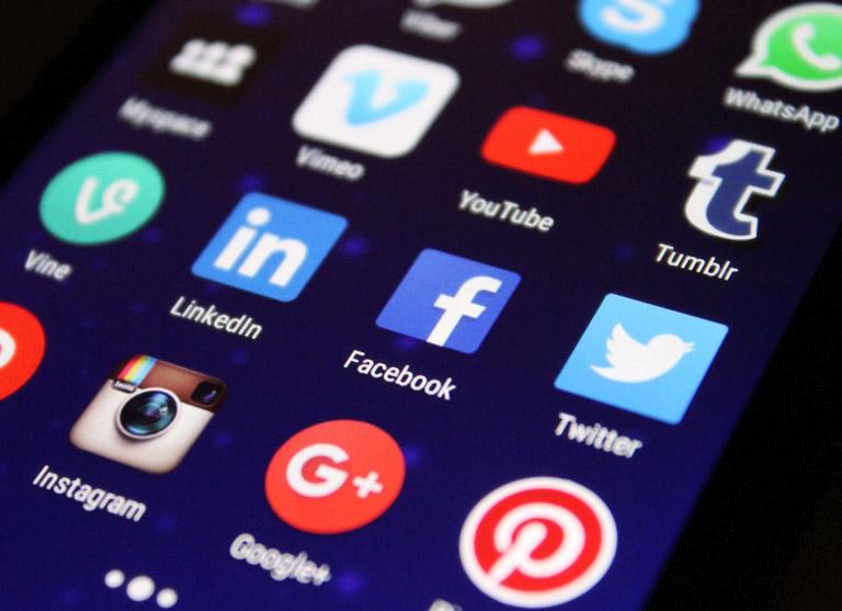 <p><strong>Expertise certifiée sur les réseaux sociaux</strong></p>